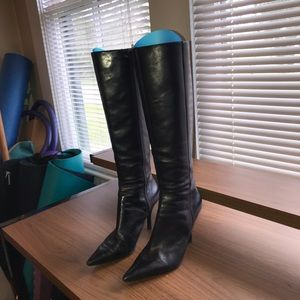 Nine West Sz8 black to the knee boots